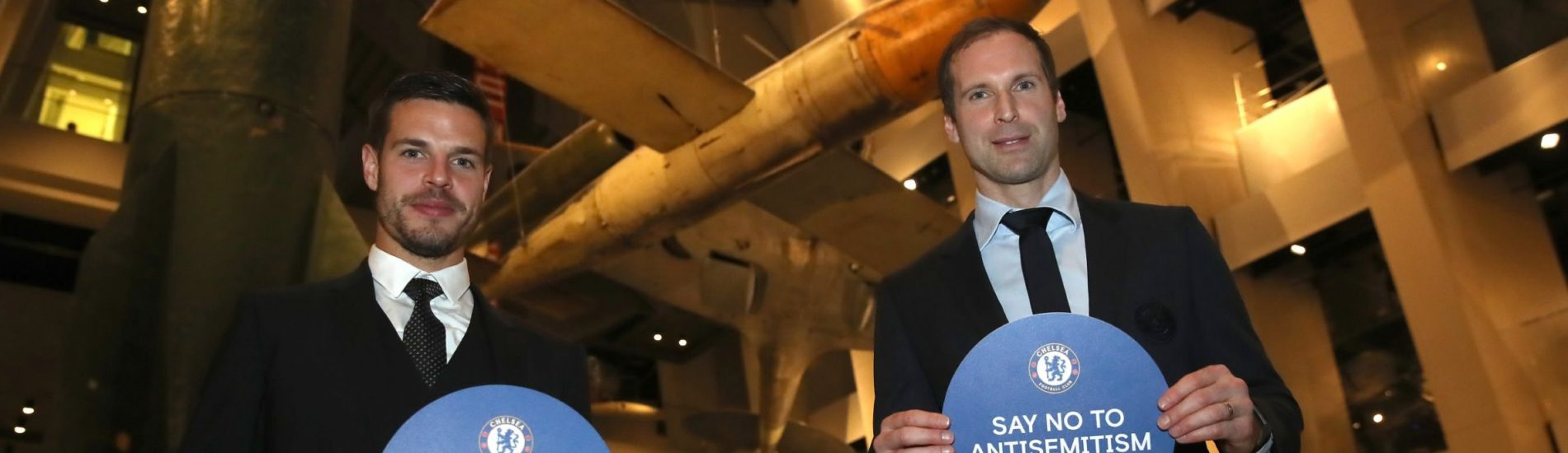 Azpilicueta, Cech and Buck Show Chelsea Support for New War Museum Project